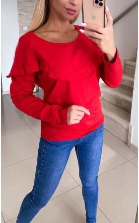 Czerwona bluza z falbanką...